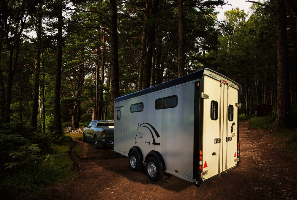Optimax – Herringbone Four Horse Trailer