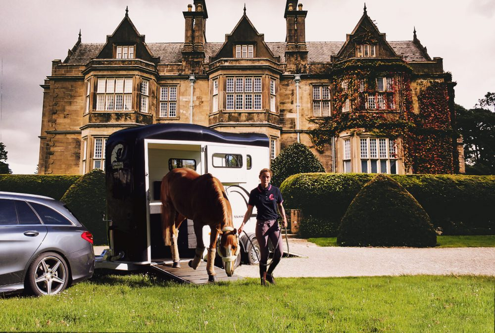 Touring One – Single Horse Trailer