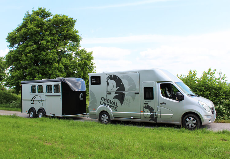 7 Top Tips for loading horses