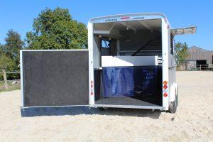 Minmax trailer rear door open view (now Maxi3)